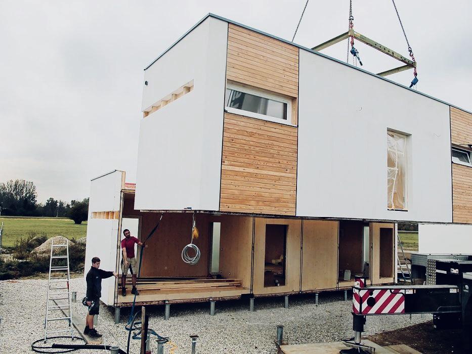 """Das Bild zeigt die Tiny House eines Anbieters in der jeweiligen Ausbaustufe """"schlüsselfertig"""""""